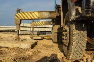 lorry-mounted-crane